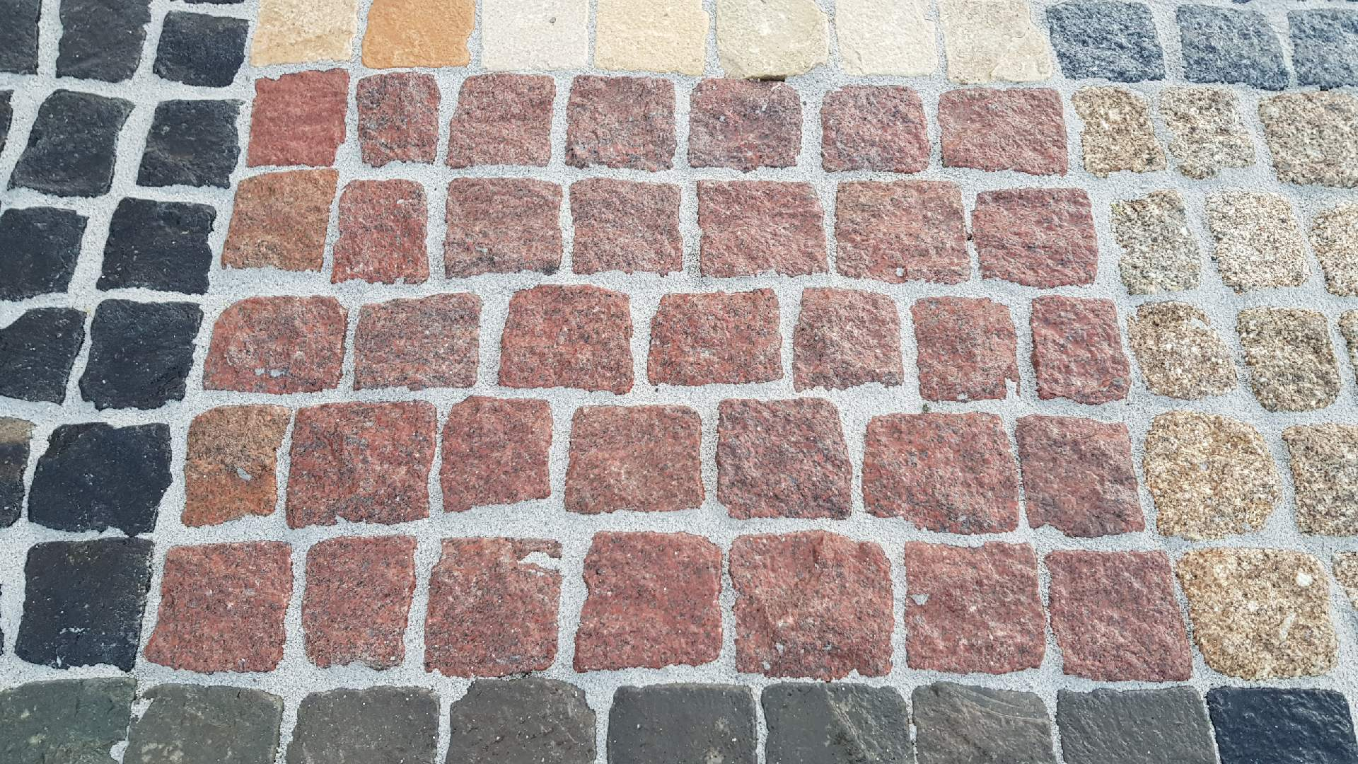Naturstein Pflaster Magadi - Rot