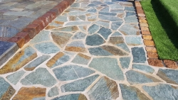 Polygonalplatten Karistou Grün Braun - C