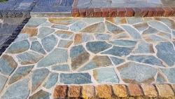 Polygonalplatten Karistou Grün Braun - E