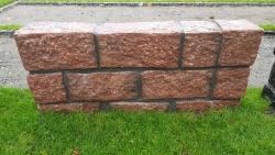 Mauersteine Magadi Rot - 35-50 x 15-25 x 15-25 cm
