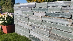 Mauersteine Karistou Grün braun
