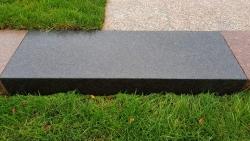 Blockstufen Basalt - Schwarz 125x35x15